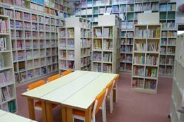 写真:浅草寺こども図書館